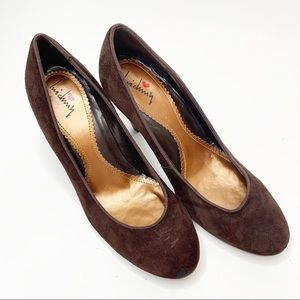 Luichiny Brown Suede Heels size 7.5